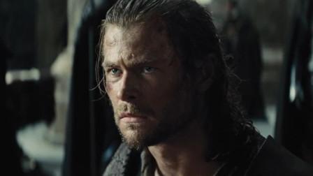 猎人将公主作为条件要挟女王弟弟,对方却告知他,女王并不能让猎人妻子复生