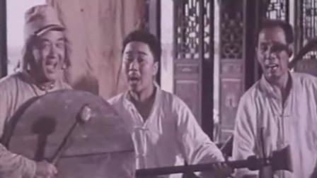 《巧奔妙逃》是由孙敏执导,魏宗万、黄宏等主演该影片是一部歌颂军民抗日的爱国主义影片