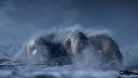 众人九死一生进入神秘雪域,不料惹怒了史前巨兽,科幻大片