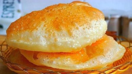 早餐最简单快速的做法,不蒸馒头不烙饼,2分钟一张,个个鼓大泡