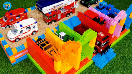 惯性工程车玩具,积木组装车库,好多辆多种玩具车,挖掘机自卸车翻斗车吊车消防车,儿童玩具车亲子互动