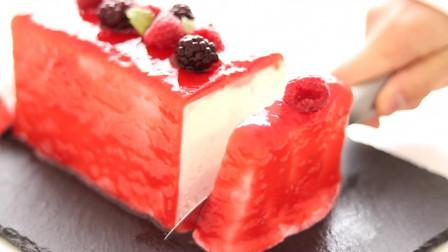 树莓芝士蛋糕 无蛋 免烤 抓住夏天的尾巴 爽滑嫩口 建议冷藏后食用