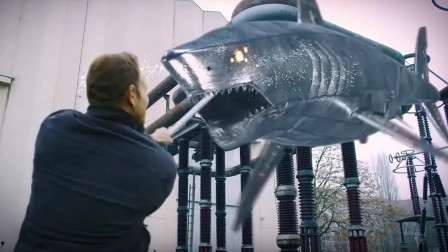 小伙为了遏制鲨卷风,穿越古代与恐龙大战,一部脑洞大开的科幻片