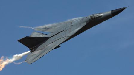 美国研发出世界上第一款量产可变后掠翼飞机,创新设计影响了现代战机发展