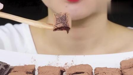 声控吃播!韩国欧尼吃巧克力松露,一口一个,咀嚼声超助眠!