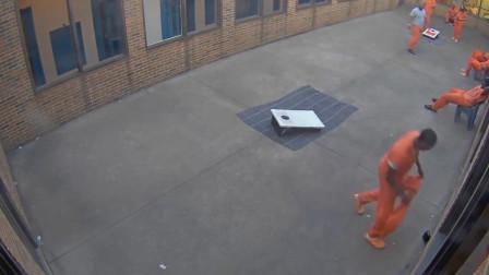 无人机向监狱投放毒品手机 焦急等待的犯人捡起就跑
