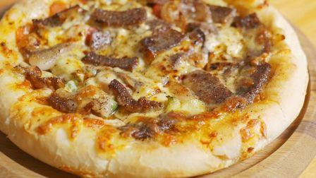必胜客看了流泪!800元一块的牛排做披萨是什么味道?