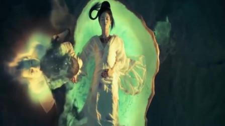 白鹤少年为救杨贵妃, 狠心将蛊毒引到自己身上, 最后变成妖猫!