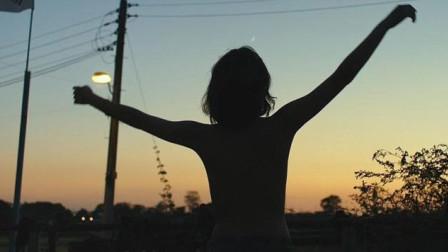 裸体跳舞3分钟,戛纳史上评分最高却无法上院线的电影,到底讲了什么?