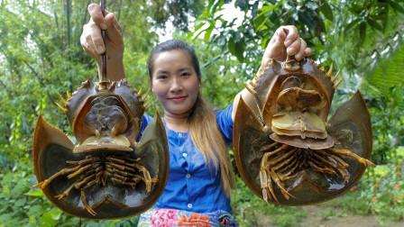 这玩意还真没吃过,外观奇特的马蹄蟹,农村巧妇将其做成美味!