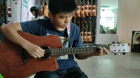 刘紫超同学学习吉他视频《两只老虎》
