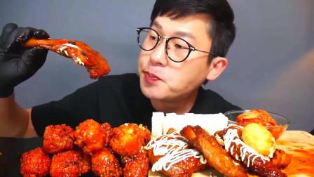 韩国美食小哥,试吃超大炸鸡腿,这么大一个鸡腿几口就没了
