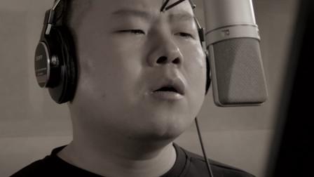 岳云鹏哭着写完的一首歌,唱给已逝父亲,光听声音就想落泪