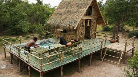野外如何建造完美竹屋?这哪是求生啊,这简直就是度假嘛!