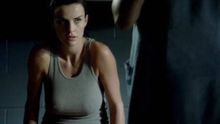 【影视】蛇蝎美人-好莱坞美女入狱,竟对狱友做这种事