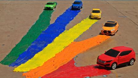 超壮观!怎么会有这么多汽车玩具在这里?还有彩虹赛道