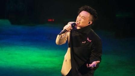 歌手陈奕迅演唱《稳稳的幸福》声音充满魅力,让人回味无穷