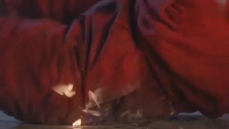 周星驰还演过皇帝,很多人都没看过,短短20多秒还干了一件大事(1)