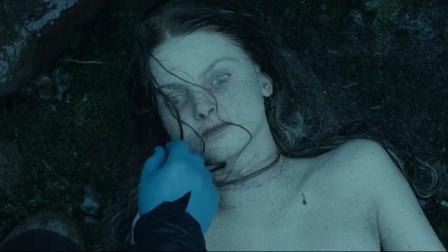 男子心理阴暗,专门绑架年轻漂亮的姑娘,杀死之后扔到河里!
