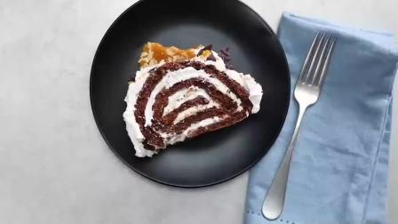 一款美味的咸焦糖蛋糕卷,让你一口就爱上