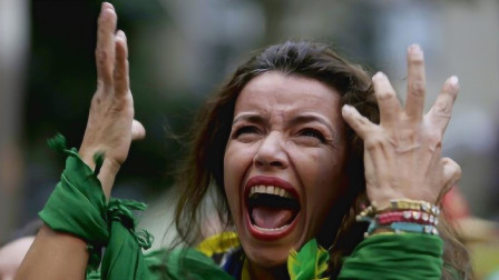 法国岳母来到中国探亲,刚进村口很愤怒:为什么要骗我呢?