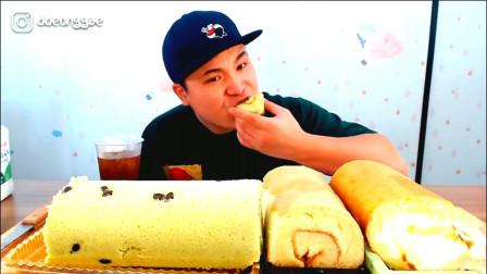 韩国大胃王胖哥,试吃抹茶草莓蛋糕,整整3大个吃真好过瘾