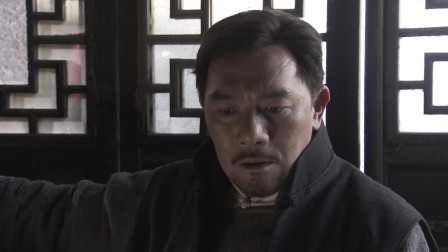 青山紫霞被抓进监狱,大家怀疑班里有内鬼,花舅出来撇清