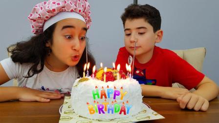 好期待!萌宝小萝莉制作的生日蛋糕会是什么样?趣味玩具故事