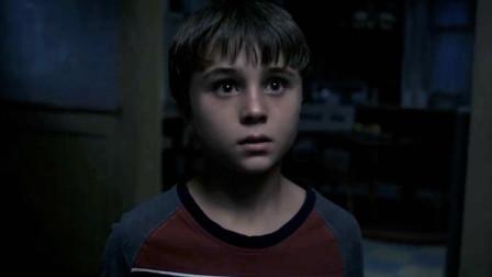 男孩拥有超能力,能将所有谎言变成现实,原来他是恶魔的孩子