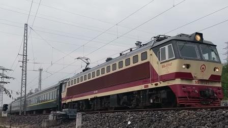 SS7C0147成局重段K9352重庆-万州梁平站晚点5分发车15:02