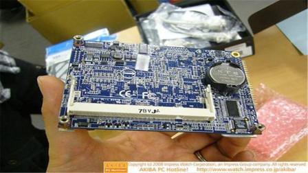 日本发明全球最小电脑,麻雀虽小五脏俱全,跟U盘一样大!