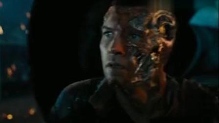 终结者4:马库斯轻松混入天网核心地带,并获晓了自己的身世