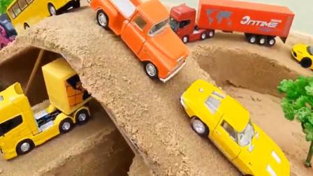 兒童玩具 沙子修建立交橋給工程車挖掘機裝載機通過
