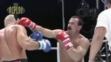 早期UFC无差别冠军,在踢拳擂台被打惨了,拼拳达人也有被KO时