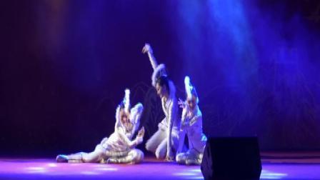 三人舞《月狐吟》表演单位:黄埔区舞蹈家协会  摄制:一片绿叶