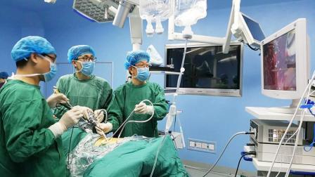一个疗程30万,癌症治愈率达95%的医院,医保却不能报