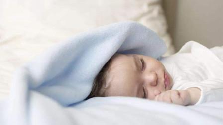 孩子跟谁睡?竟决定孩子一生的性格,父母再忙也要看!
