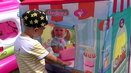 萌宝小可爱的蛋糕店开业了!他买了一套做蛋糕的工具,萌宝:欢迎大家过来品尝!