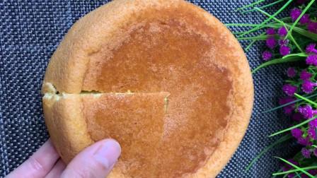想吃蛋糕不用买烤箱了,教你在家用电饭锅做,香甜松软,简单易学