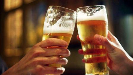 男人喝酒后,少做3个行为,喜欢也要忍住!别拿自己开玩笑