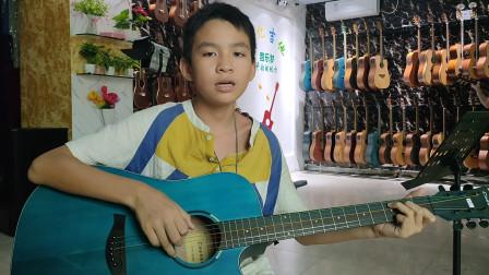 李向杰同学学习吉他视频《两只老虎》