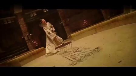 唐僧来到高老庄,一眼看出里面的端倪,看到烤猪后他忍不住了