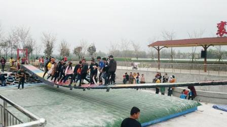 襄阳的网红桥,现场轰轰烈烈,不知道在哪儿的小伙伴赶快看过来吧