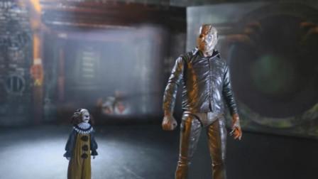 小丑不仅会变脸,还有各种技能,杰森费了一番功夫才将其赶走