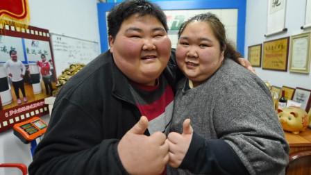 一对800斤的夫妻,因为这个愿望,两人疯狂减掉400斤肥肉!