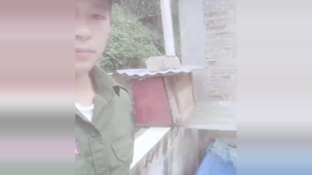 缅甸果敢同盟军士兵让缅军士兵吓破胆的男人