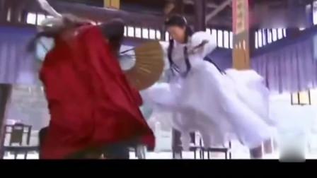 小龙女被围攻身受重伤, 杨过功力大增霸气归来