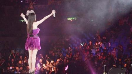 四川又出一名女歌手,唱得太好了,听得我如痴如醉,超好听,心碎