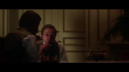 原来贵族家的鬼是小海蒂,小海蒂因为太想家了,每晚都梦游到门口看看!