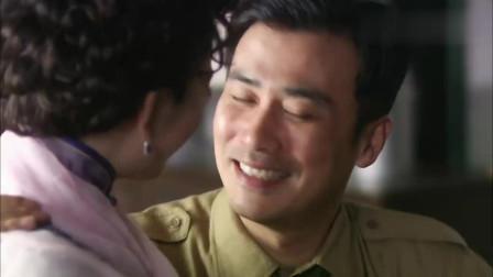 风筝:李小冉脚受伤,郑耀先细心照顾她,这真感人!